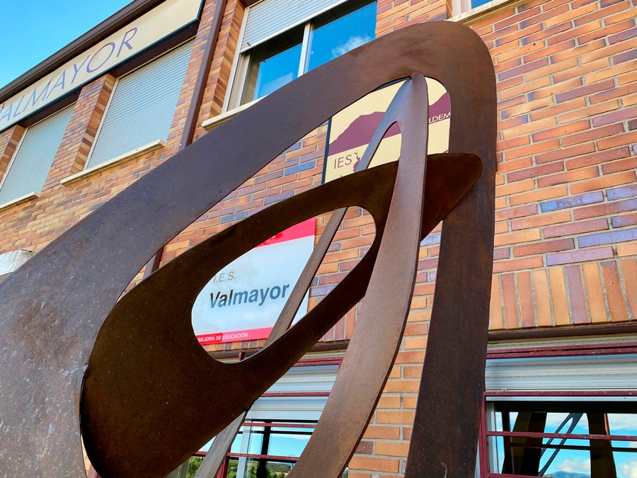 Ana-Matesanz-Escultura-metálica